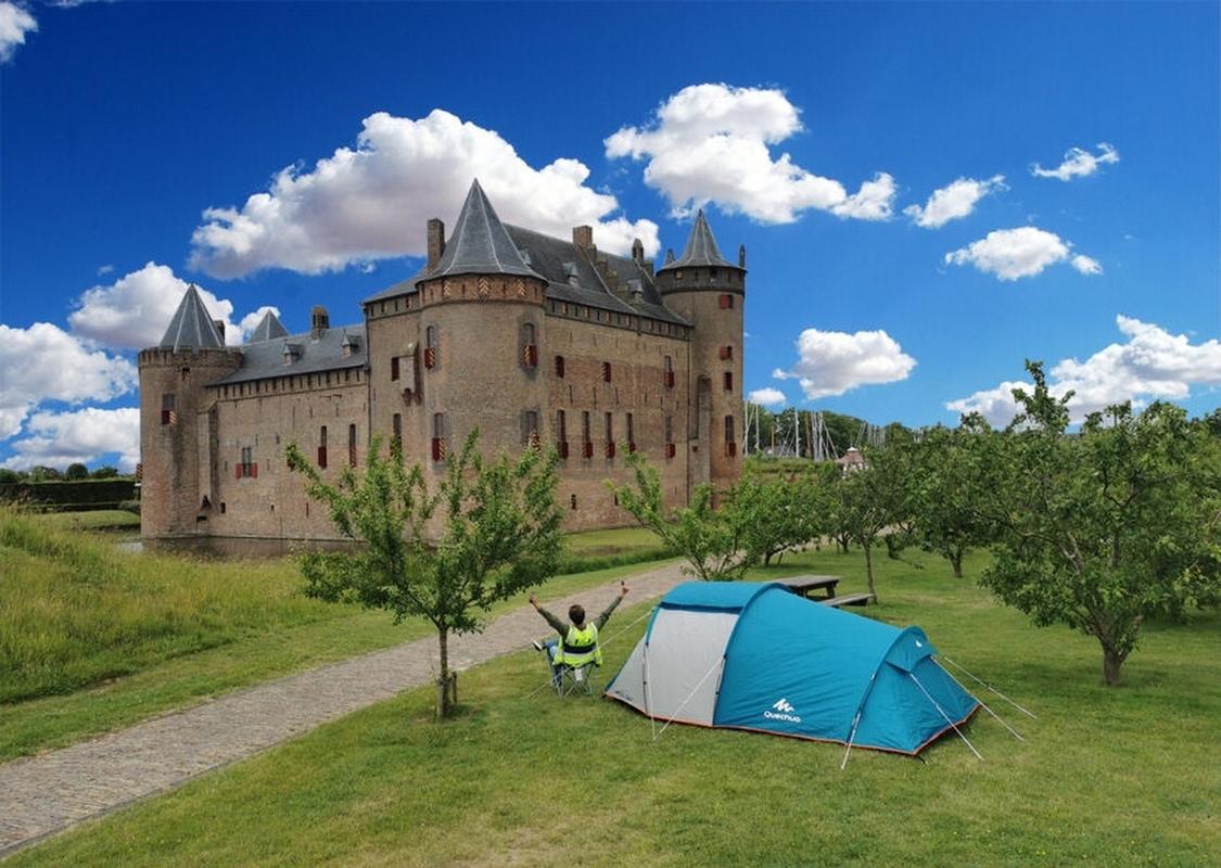 Kamperen op het kasteel