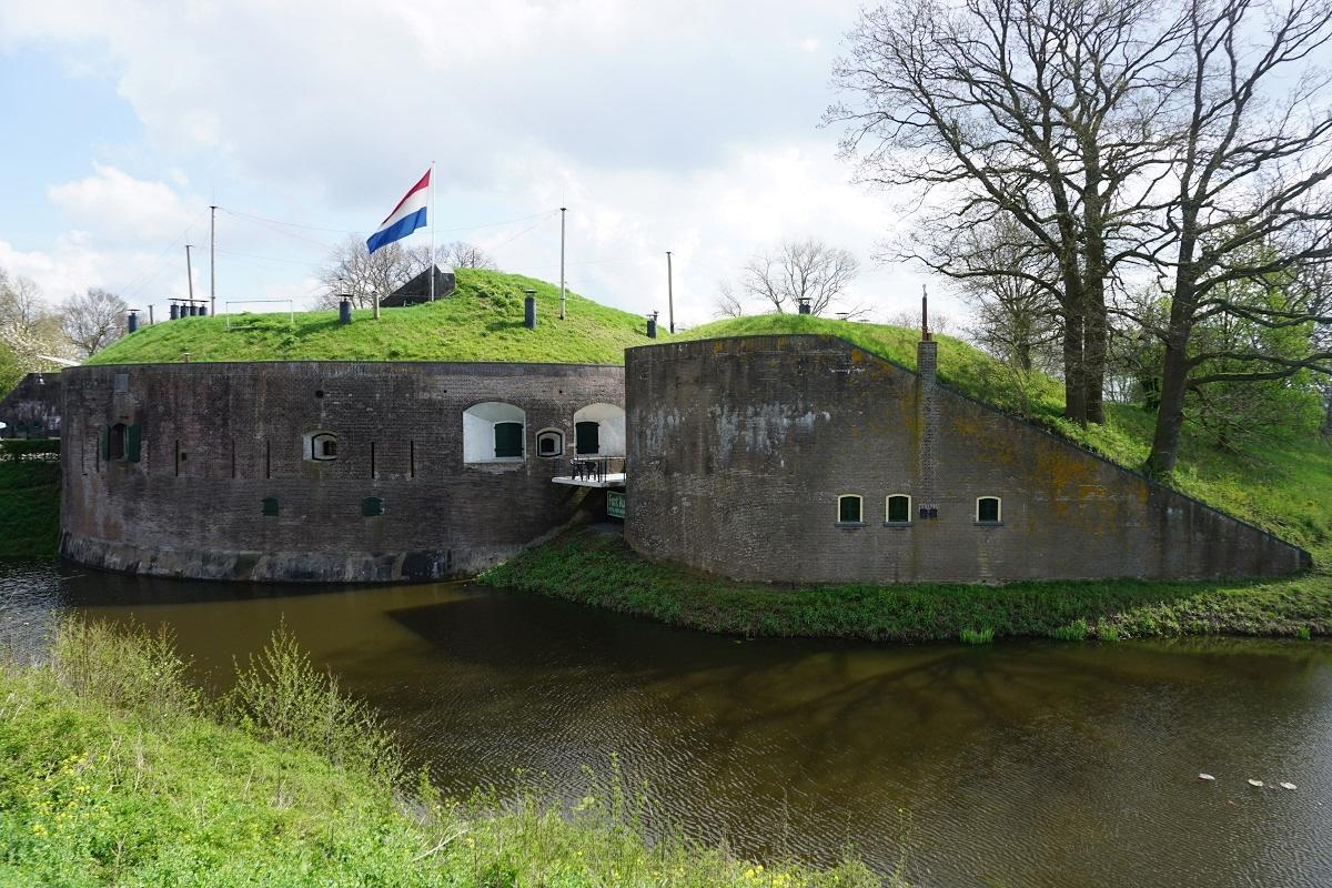 Expositie 'Na de stilte' op Fort Vuren